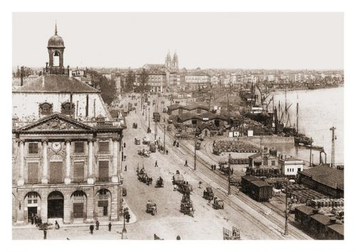 Carte postale ancienne Bordeaux port de la lune